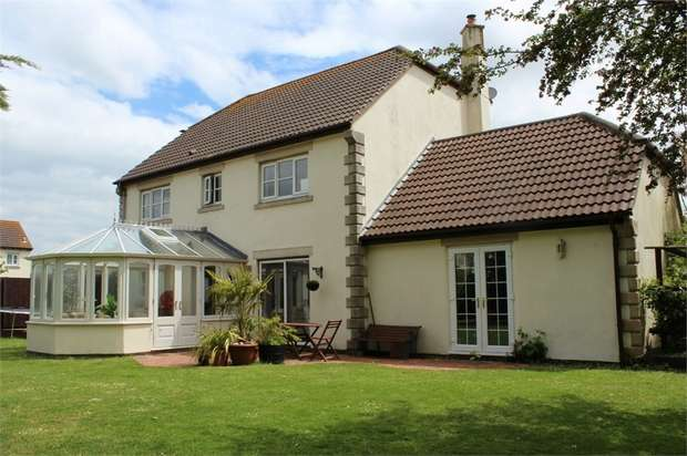 4 Bedrooms Detached House for sale in The Boundaries, Lympsham, Weston-Super-Mare, North Somerset