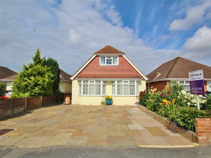 5 Bedrooms Detached Bungalow for sale in Somerby Road, Poole, BH15