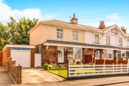3 Bedrooms Terraced House for sale in Perry Avenue, Newton, Hyde, Greater Manchester