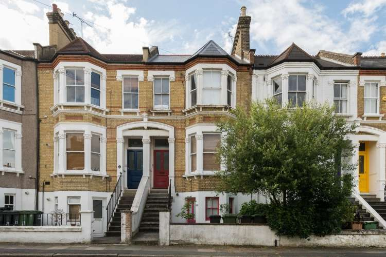 3 Bedrooms Flat for sale in Arbuthnot Road New Cross SE14
