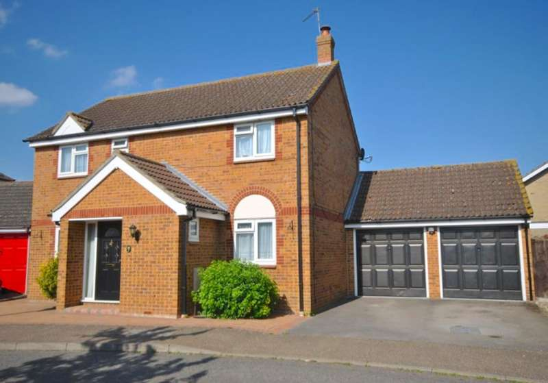 4 Bedrooms Detached House for sale in Armonde Close, Boreham, Chelmsford, CM3