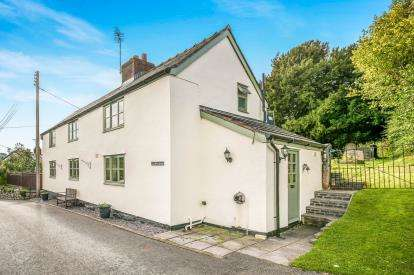 3 Bedrooms Detached House for sale in Clocaenog, Ruthin, Denbighshire, LL15