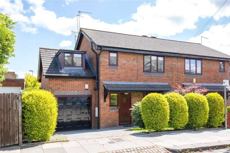 3 Bedrooms Semi Detached House for sale in Grove Road, North Finchley, London, N12