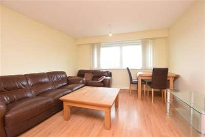 2 Bedrooms Flat for rent in Royal Plaza, Eldon Street, S1 4GB