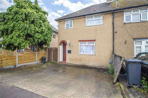 3 Bedrooms Semi Detached House for sale in Westlea Road, Wormley