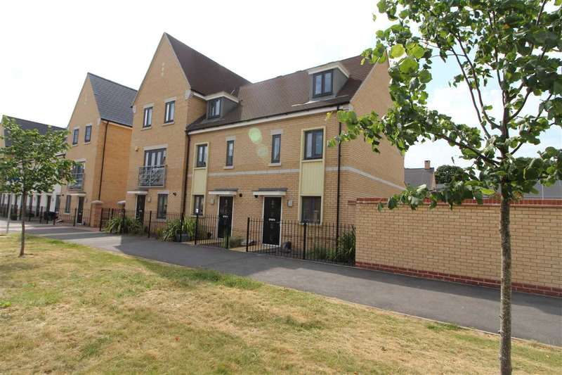 3 Bedrooms End Of Terrace House for sale in Roberts Road, Colchester