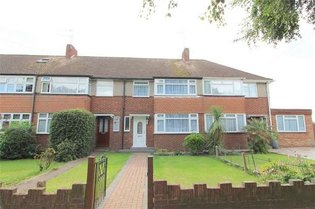 3 Bedrooms Terraced House for sale in Elgin Avenue, Ashford, Middlesex