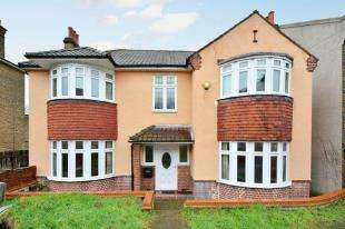 4 Bedrooms Detached House for sale in Cantwell Road, London