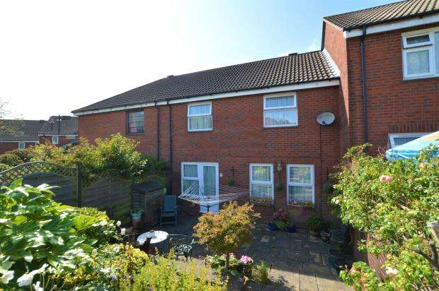 3 Bedrooms Terraced House for sale in Ham Close, Plymouth, Devon