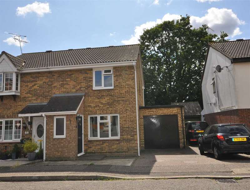3 Bedrooms Semi Detached House for sale in Burgess Field, Chelmsford
