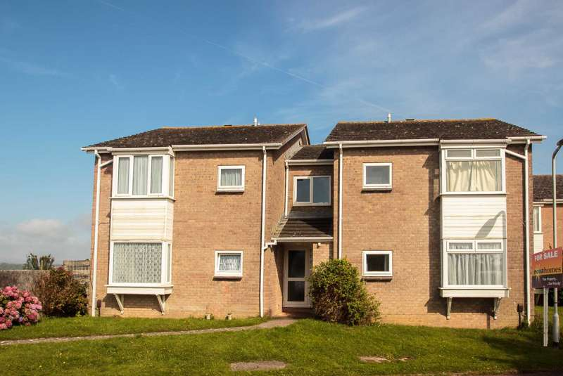 1 Bedroom Flat for sale in Lych Close, Plymstock, Plymouth