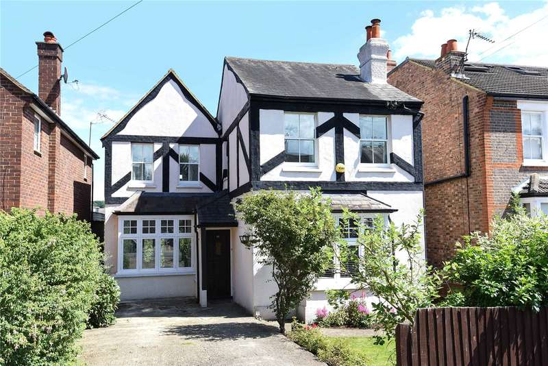 3 Bedrooms Detached House for sale in Hallowell Road, Northwood, Middlesex, HA6