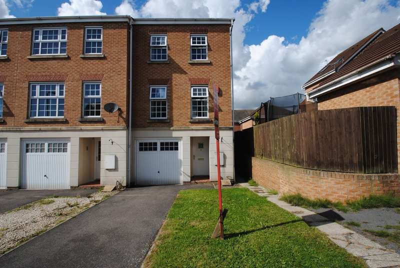 3 Bedrooms Town House for sale in Silverwood Close, Woodlaithes Village