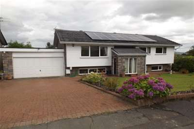 4 Bedrooms House for rent in Montrose Drive, Bearsden