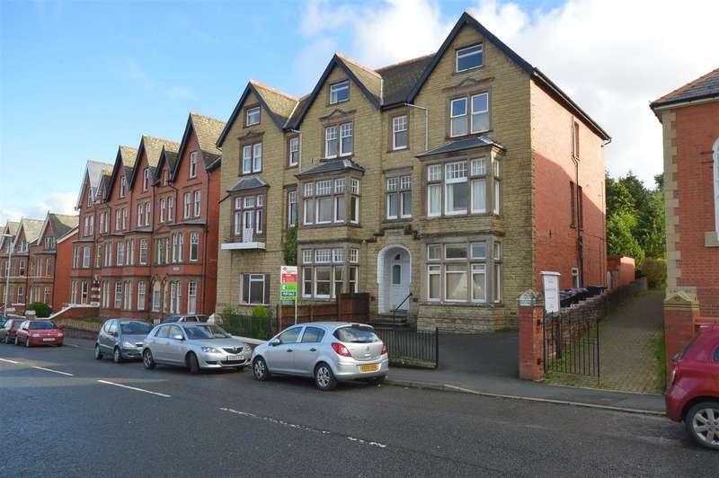 1 Bedroom Apartment Flat for sale in Stoneleigh, Temple Street, Llandrindod Wells