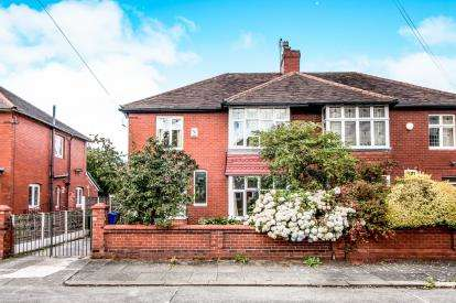 4 Bedrooms Semi Detached House for sale in Clovelly Road, Chorlton, Manchester, Greater Manchester
