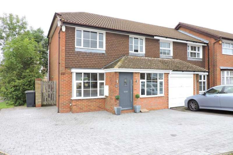 3 Bedrooms Semi Detached House for sale in Whitehaven, Luton, Bedfordshire, LU3 4BX