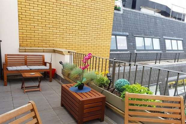 3 Bedrooms Flat for rent in High Holborn