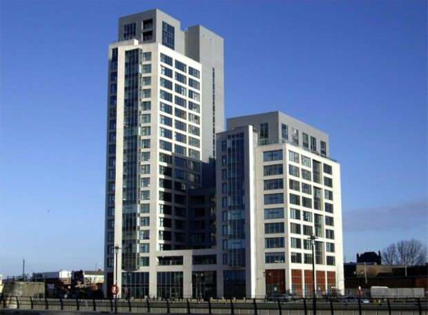 2 Bedrooms Apartment Flat for sale in Princes Dock, 1 William Jessop Way, Liverpool