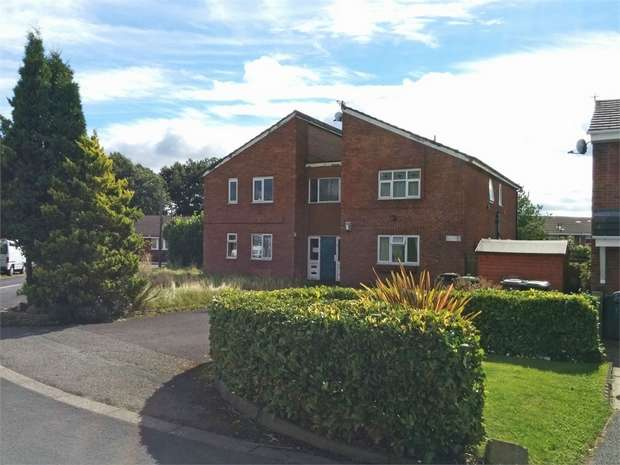 1 Bedroom Flat for sale in Abinger Road, Ashton-in-Makerfield, Wigan, Merseyside