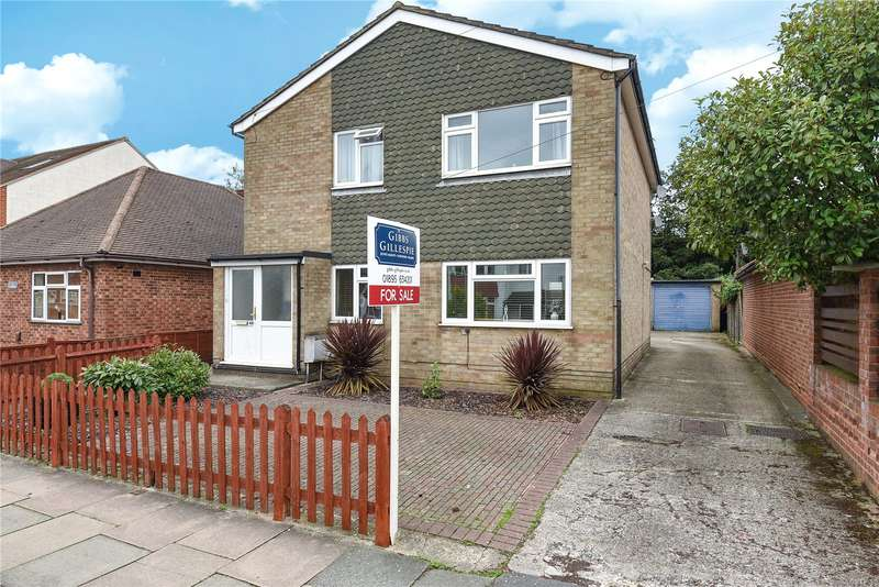 2 Bedrooms Maisonette Flat for sale in Great Central Avenue, Ruislip, Middlesex, HA4