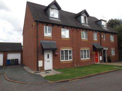 House for sale in Belton Close, Golborne, Warrington