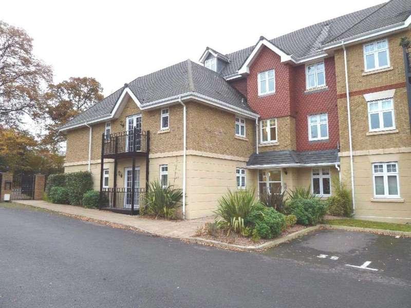 2 Bedrooms Flat for sale in London Road, Bushey