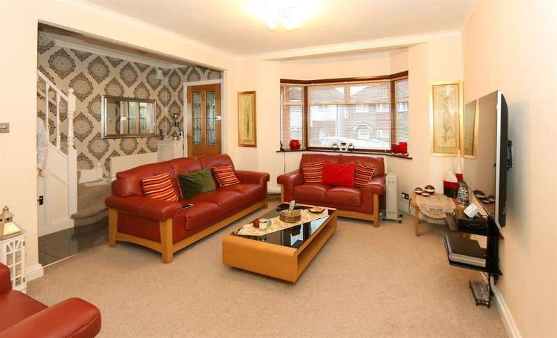 4 Bedrooms Semi Detached House for sale in Tudor Court North , Wembley, Middlesex, HA9 6SF