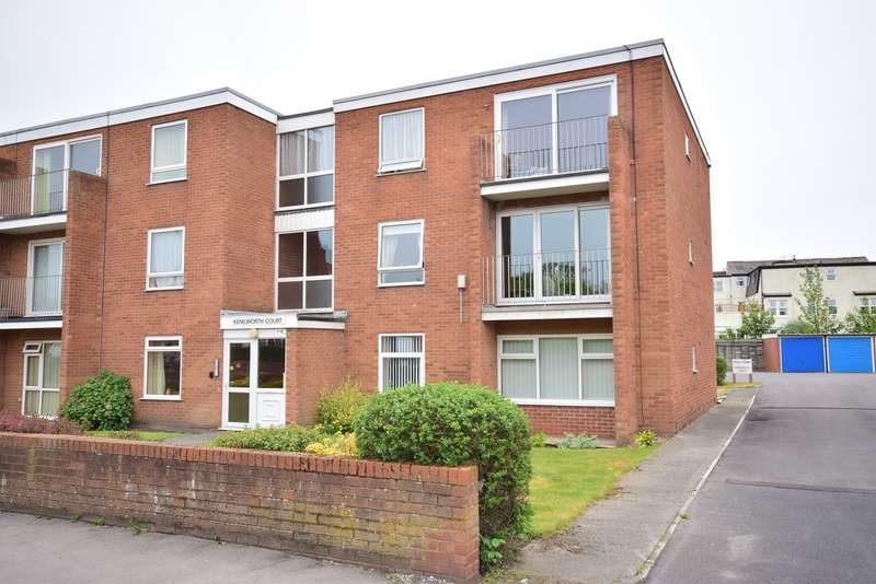 2 Bedrooms Apartment Flat for sale in St Davids Road South, Lytham St Annes, FY8