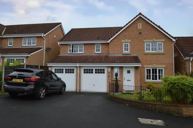 5 Bedrooms Detached House for sale in Ashurst Grove, Radcliffe, Manchester, M26