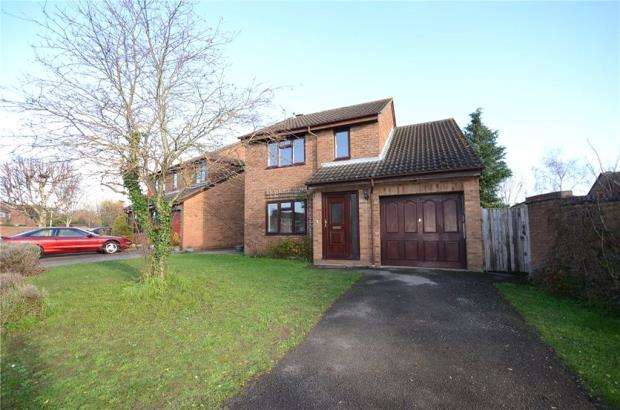 4 Bedrooms Detached House for sale in Bainbridge Road, Calcot, Reading