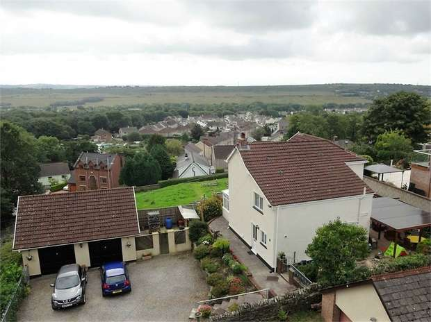 3 Bedrooms Detached House for sale in Ffordd Raglan, Heol Y Cyw, Bridgend, Mid Glamorgan