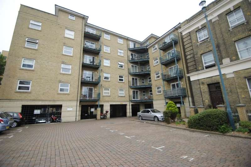 1 Bedroom Flat for sale in Neptune Way, Southampton, SO14