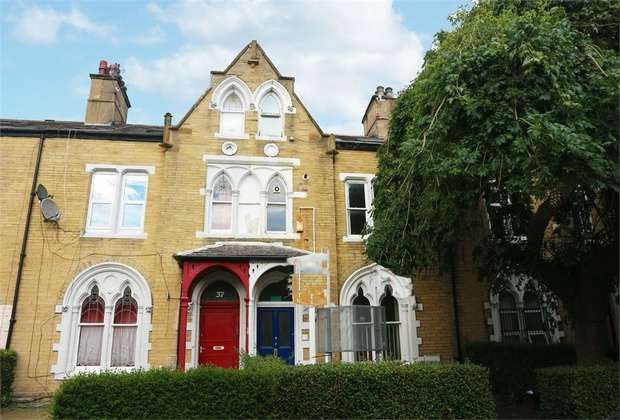 9 Bedrooms Terraced House for sale in Ashgrove, Bradford, West Yorkshire