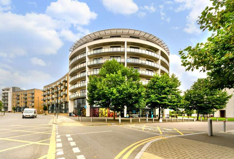 2 Bedrooms Flat for sale in Durnsford Road, Summerstown, SW19