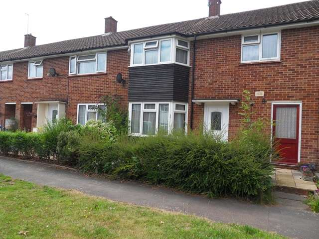 3 Bedrooms Terraced House for sale in Wilwood Road, Priestwood, Bracknell