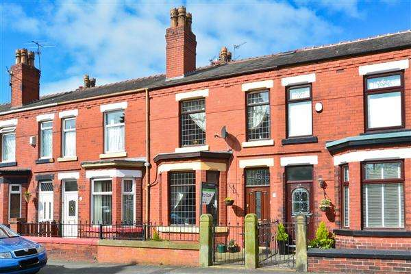 3 Bedrooms Terraced House for sale in Springfield Road, Wigan