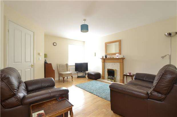 3 Bedrooms Terraced House for sale in Lavender View, WITNEY, OX28 1EH