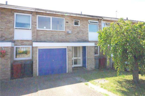 3 Bedrooms Terraced House for sale in Montpelier Drive, Caversham Park Village, Reading