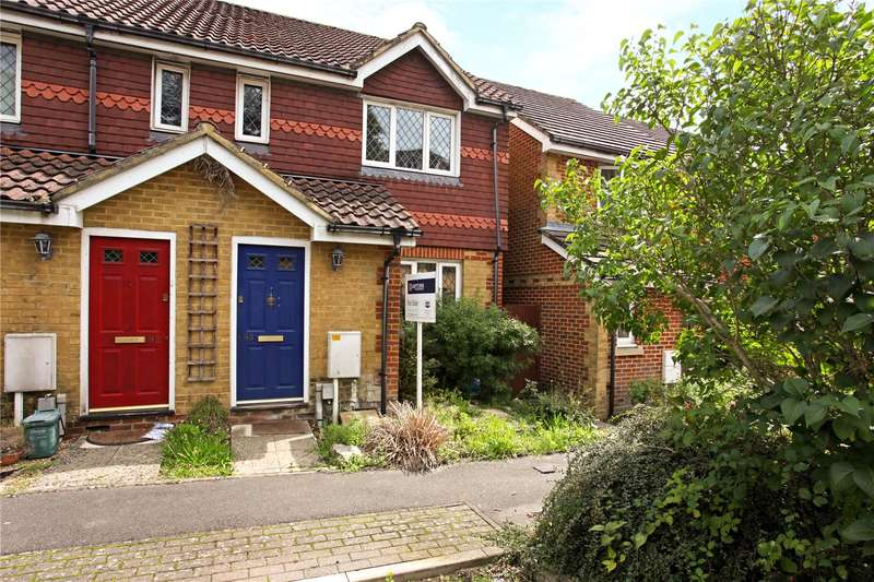 3 Bedrooms Semi Detached House for sale in Strathcona Gardens, Knaphill, Woking, Surrey, GU21