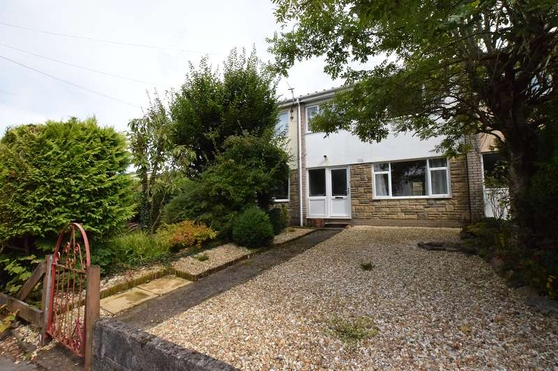 3 Bedrooms Terraced House for sale in Rhos Llan , Rhiwbina, Cardiff. CF14 6NP