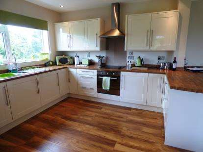 1 Bedroom Flat for sale in Rugby House, Brocklehurst Way, Macclesfield, Cheshire