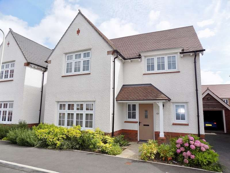 4 Bedrooms Detached House for sale in Gerddir Afon , Brynmenyn, Bridgend. CF32 9LN