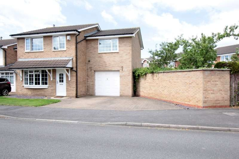 4 Bedrooms Detached House for sale in Canon Grove, Yarm, North Yorkshire, TS15