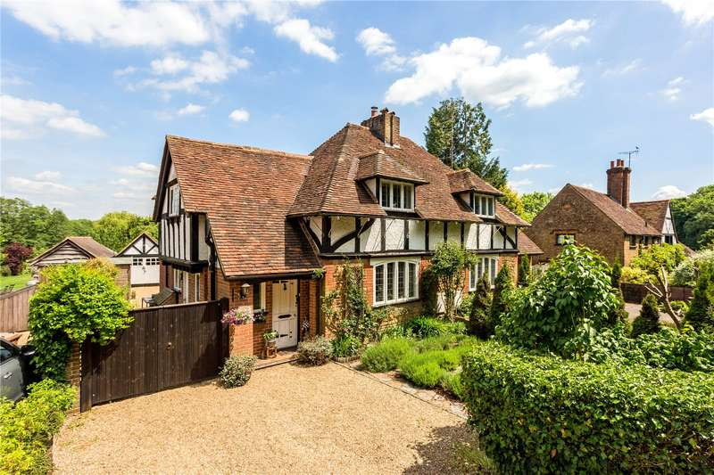3 Bedrooms Semi Detached House for sale in The Street, Compton, Guildford, Surrey, GU3