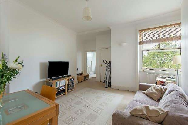 1 Bedroom Flat for sale in Kings Gardens, West End Lane, West Hampstead, NW6