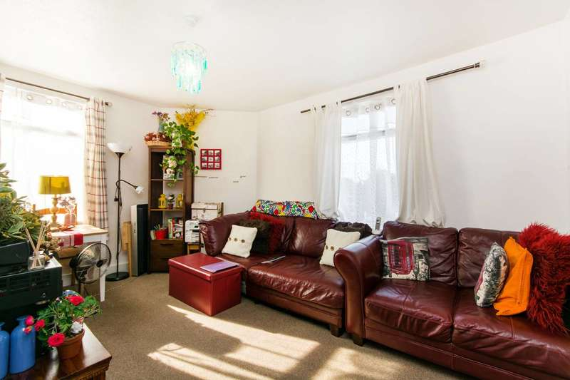 1 Bedroom Flat for sale in Mitcham Road, Croydon, CR0