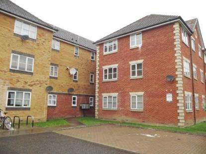 1 Bedroom Flat for sale in Barking, Essex