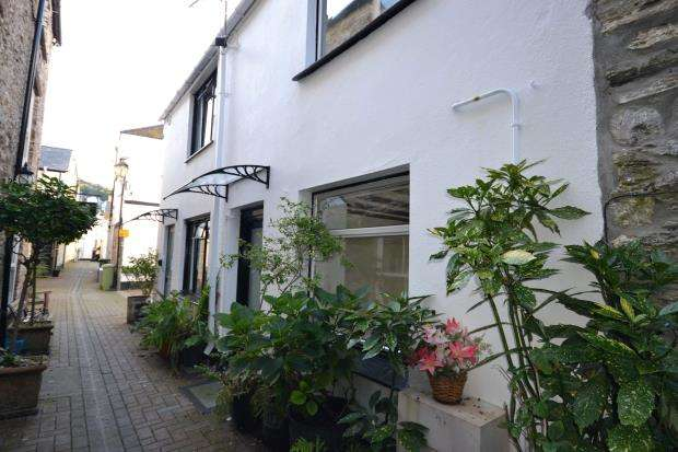 1 Bedroom Terraced House for sale in Lower Market Street, Looe, Cornwall