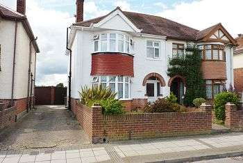 4 Bedrooms House for sale in Court Lane, East Cosham, Portsmouth